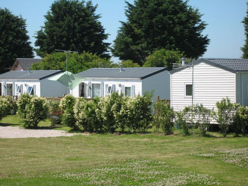 Camping indiana camping normandie campings barfleur for Med cottages