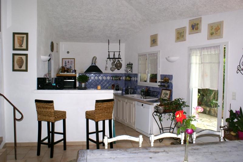 Cuisine de 6m2 cuisine salle manger with cuisine de 6m2 photo de amnagement - Amenager une cuisine de 6m2 ...